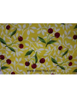 Fruits fond jaune