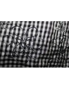 Vichy brodé noir et blanc