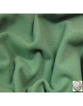 velours de laine vert amande