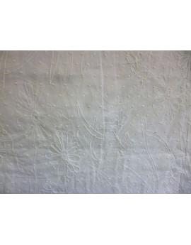 Tissu Coton Plumetis Brodé   37