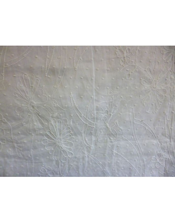 Tissu Coton Brodé 96