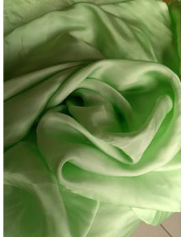 Tissu velours vert pomme