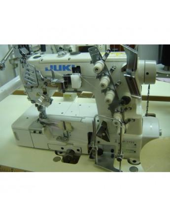 Machine recouvreuse JUKI MF 7700